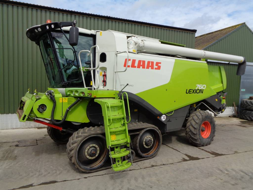 Claas Lexion 760 TT combine - Mnftr year: 2011 - Combine