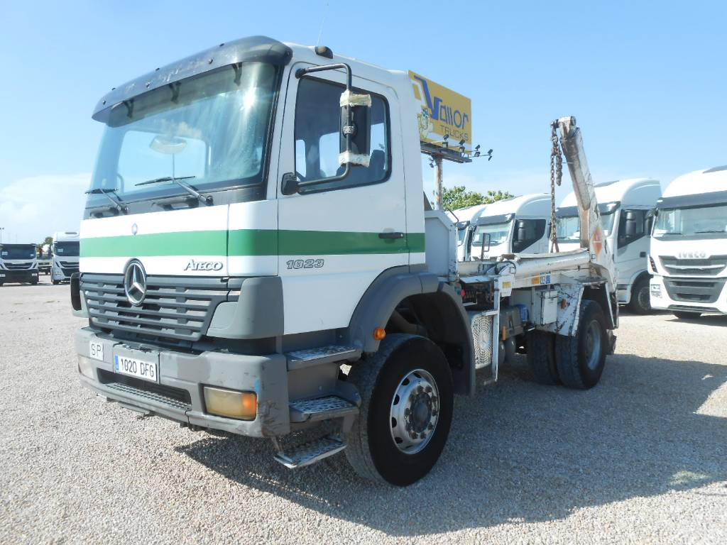 used mercedes benz 1823k container frame trucks year 2005