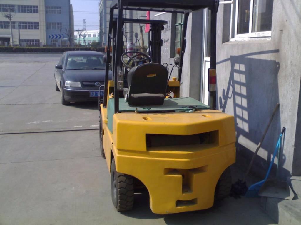 tcm fd25 year of manufacture 2012 diesel forklifts. Black Bedroom Furniture Sets. Home Design Ideas