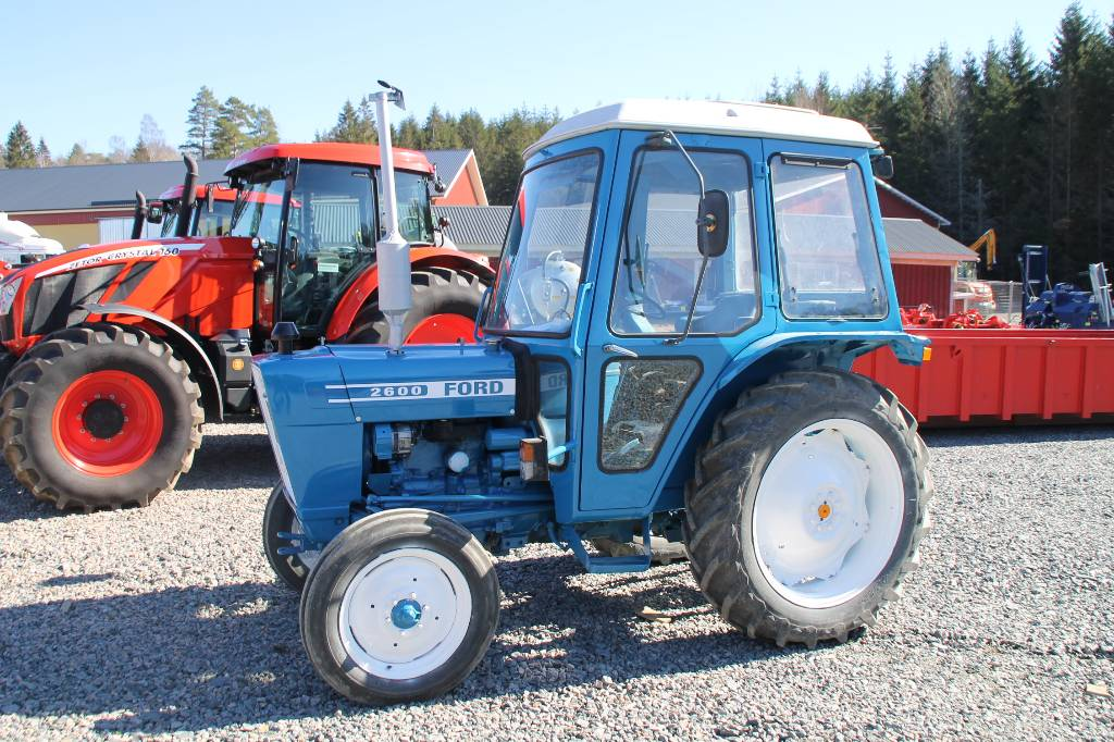 2600 Ford Tractor Specifications : Ford year of mnftr tractors id bb fed