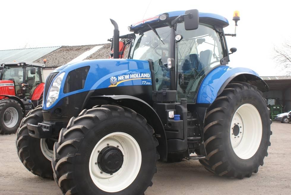 new t7 200 range command rok produkcji 2015