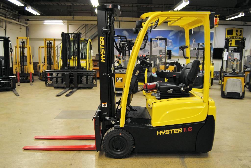Used Hyster J1 6xnt Swb Electric Forklift Trucks Year