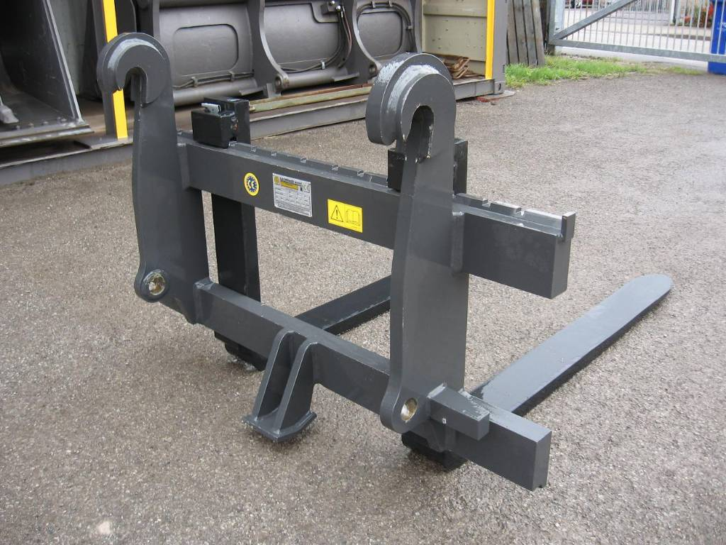 How To Place An Ad On Craigslist >> Used Leonardi Case / Volvo 5 ton pallet forks forks Year ...