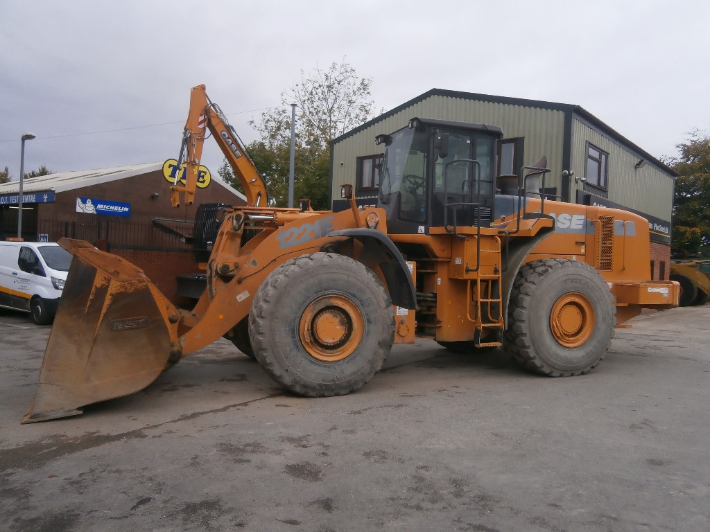 Case 1221 e wheel loaders price 76 000 year of for Avis e case construction