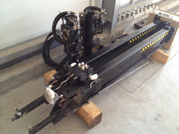 Used Crane Spare Parts : Hiab spare parts stabilizers for sale