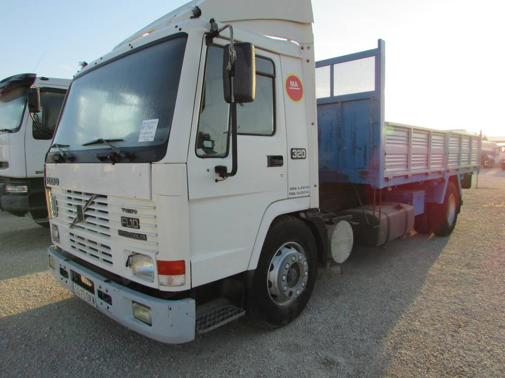 Used Volvo FL10 320 box trucks Year: 1997 Price: $8,971 for sale - Mascus USA