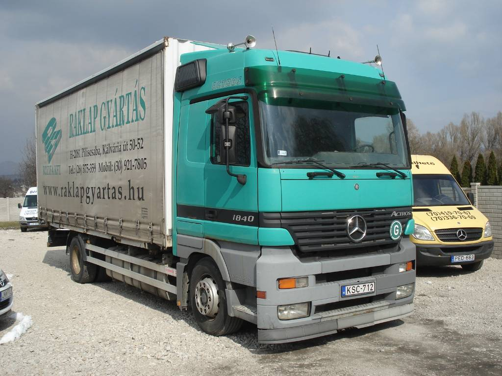mercedes benz actros 1840 occasion prix 9 634 ann e d 39 immatriculation 2003 camion. Black Bedroom Furniture Sets. Home Design Ideas