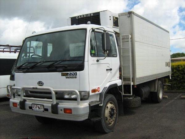 used nissan ud pk220 freezer van reefer trucks year 1999 price 19 457 for sale mascus usa. Black Bedroom Furniture Sets. Home Design Ideas