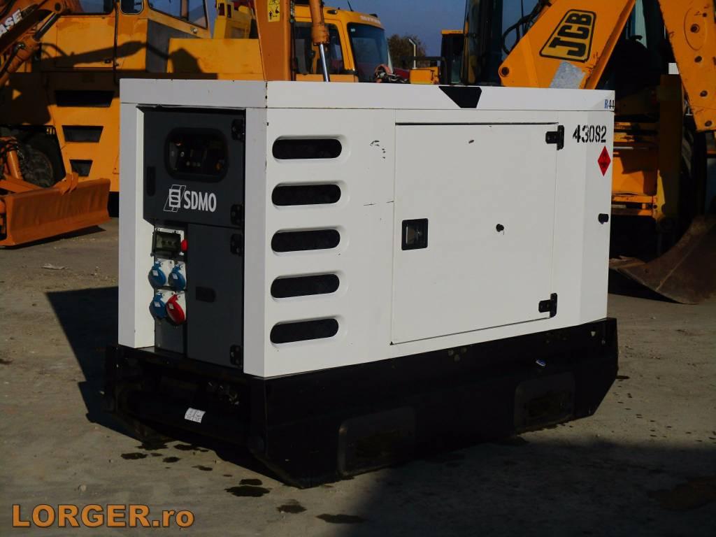 sdmo r44 preis baujahr 2012 diesel generator gebraucht kaufen und verkaufen bei. Black Bedroom Furniture Sets. Home Design Ideas