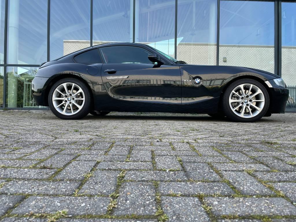 BMW z4 coupe 3.0SI aut *** 17.000 km ***
