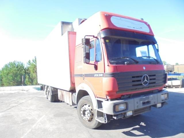 mercedes benz 2538 ann e d 39 immatriculation 1995 camion frigorifique id 8a936b05 mascus. Black Bedroom Furniture Sets. Home Design Ideas