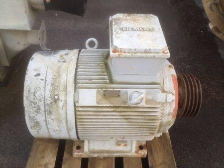 Siemens moteur lectrique 55 kw occasion pi ces d tach es pour mat riel de recyclage et - Pieces detachees siemens ...