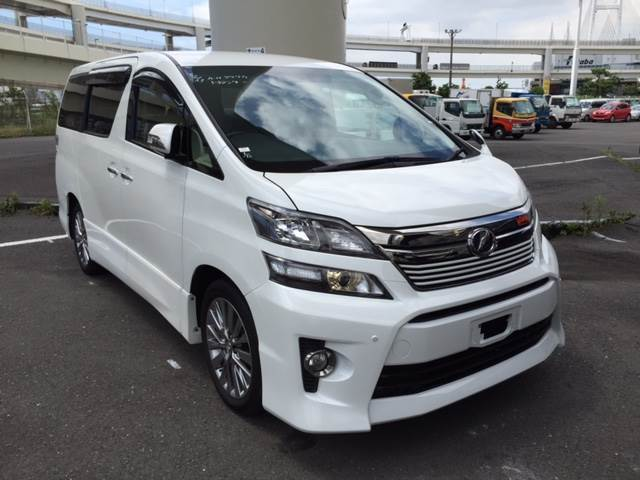 toyota velfire anh20w occasion ann e d 39 immatriculation 2013 voiture toyota velfire anh20w. Black Bedroom Furniture Sets. Home Design Ideas