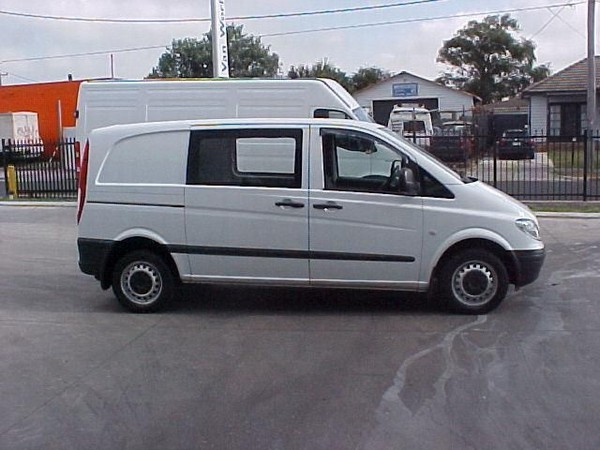 Used Mercedes-Benz Vito 109CDI Compact panel vans Year: 2004 Price: US$ 16,217 for sale - Mascus USA