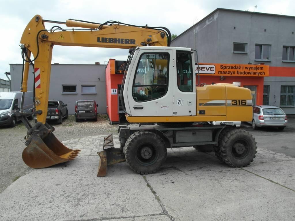 Used liebherr a 316 litronic wheeled excavators year 2008 for Liebherr kühlschrank einbauger t