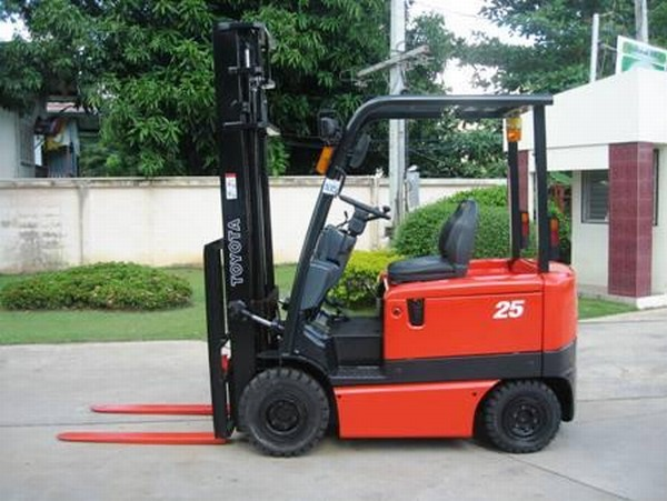 Used toyota 6fb25 electric forklift trucks for sale for Electric forklift motor for sale