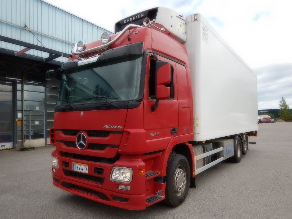 Mercedes benz actros 2548l year 2011 reefer trucks for Mercedes benz actros usa