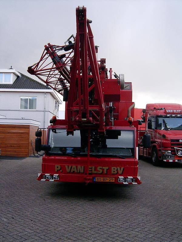 Tower Crane Engine : Munster af year tower cranes id a e