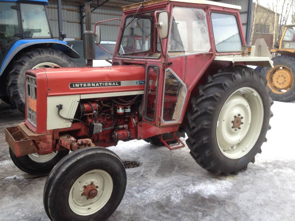 Ih 574 Tractor : International year tractors id a eca
