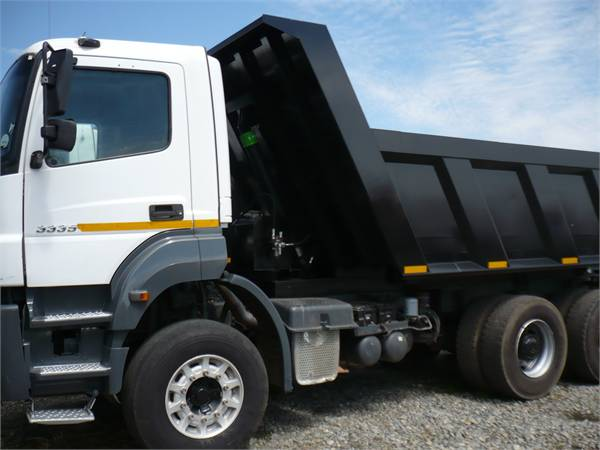 Mercedes benz axor tipper trucks price 38 975 year for Used mercedes benz tipper trucks for sale in germany