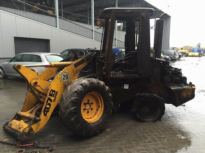JCB 407BZX (For Parts)