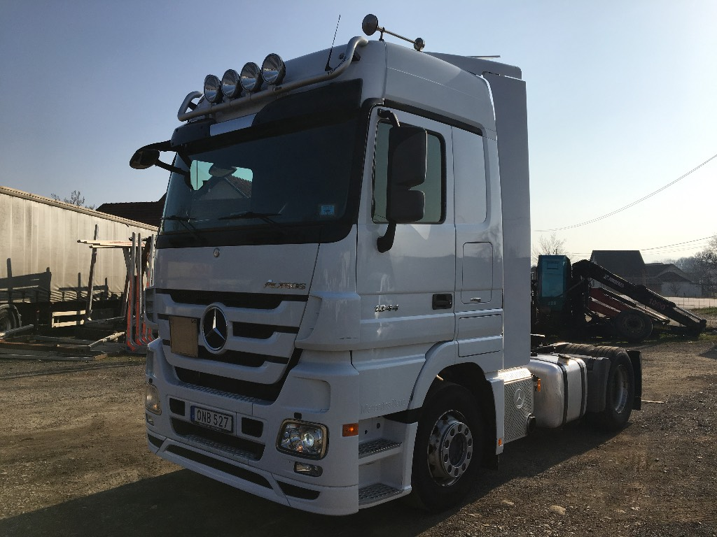 Used mercedes benz actros 1844 tractor units year 2010 for Mercedes benz tractors