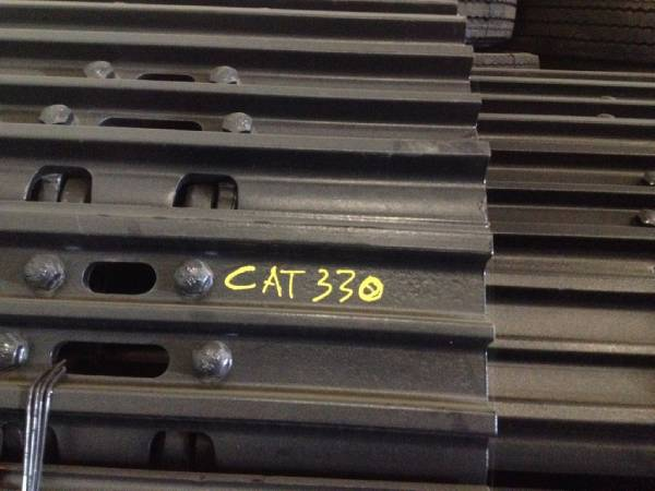 Caterpillar 330BL/CL Track Chains