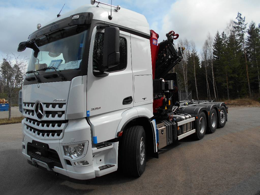 Used mercedes benz arocs 3251 kran vaxlare crane trucks for Mercedes benz trucks for sale in usa