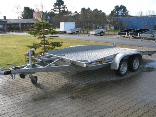 variant 3500 kg auto trailer baujahr 2012 andere anh nger gebraucht kaufen und verkaufen bei. Black Bedroom Furniture Sets. Home Design Ideas