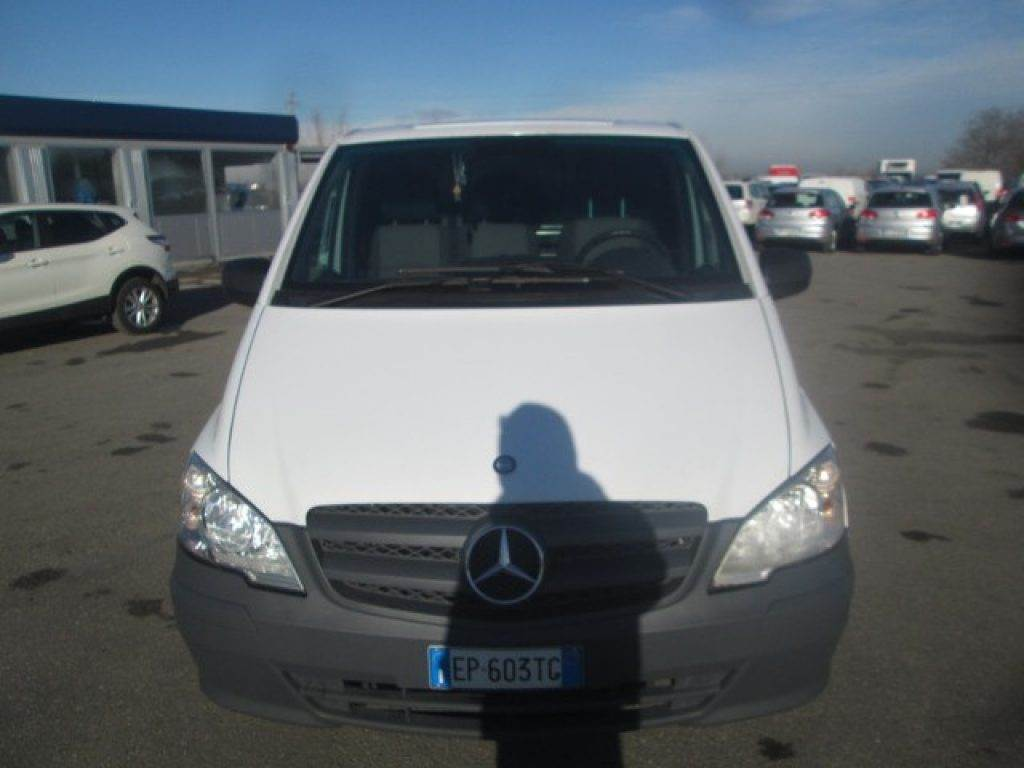 mercedes benz vito occasion prix 9 800 voiture. Black Bedroom Furniture Sets. Home Design Ideas