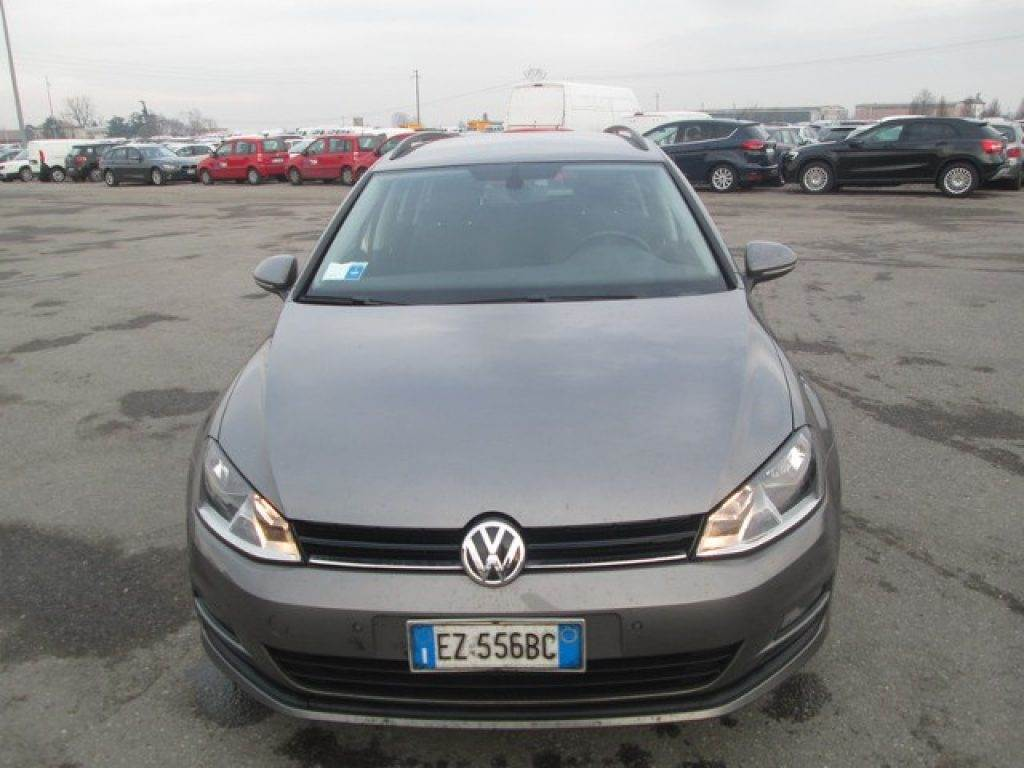 volkswagen golf variant occasion prix 11 300 voiture volkswagen golf variant vendre. Black Bedroom Furniture Sets. Home Design Ideas
