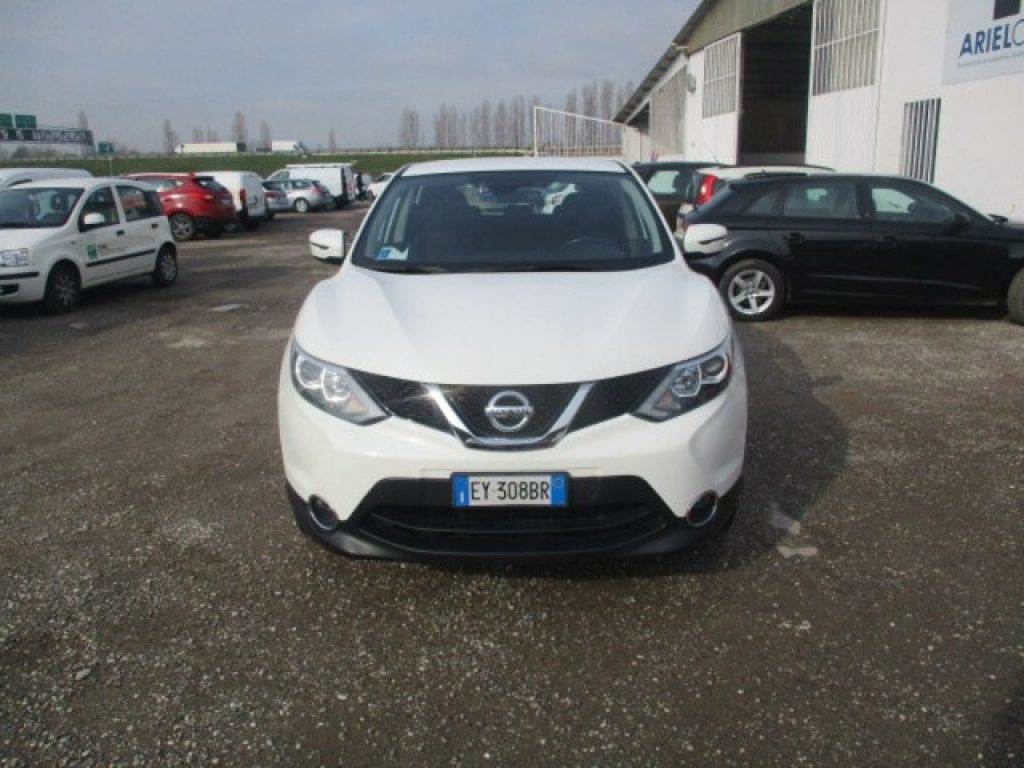 nissan qashqai prix occasion nissan qashqai occasion bretagne 1 5 dci106 connect edition blanc. Black Bedroom Furniture Sets. Home Design Ideas