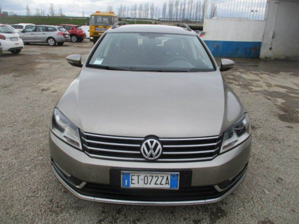 volkswagen passat variant occasion prix 13 950 voiture volkswagen passat variant vendre. Black Bedroom Furniture Sets. Home Design Ideas