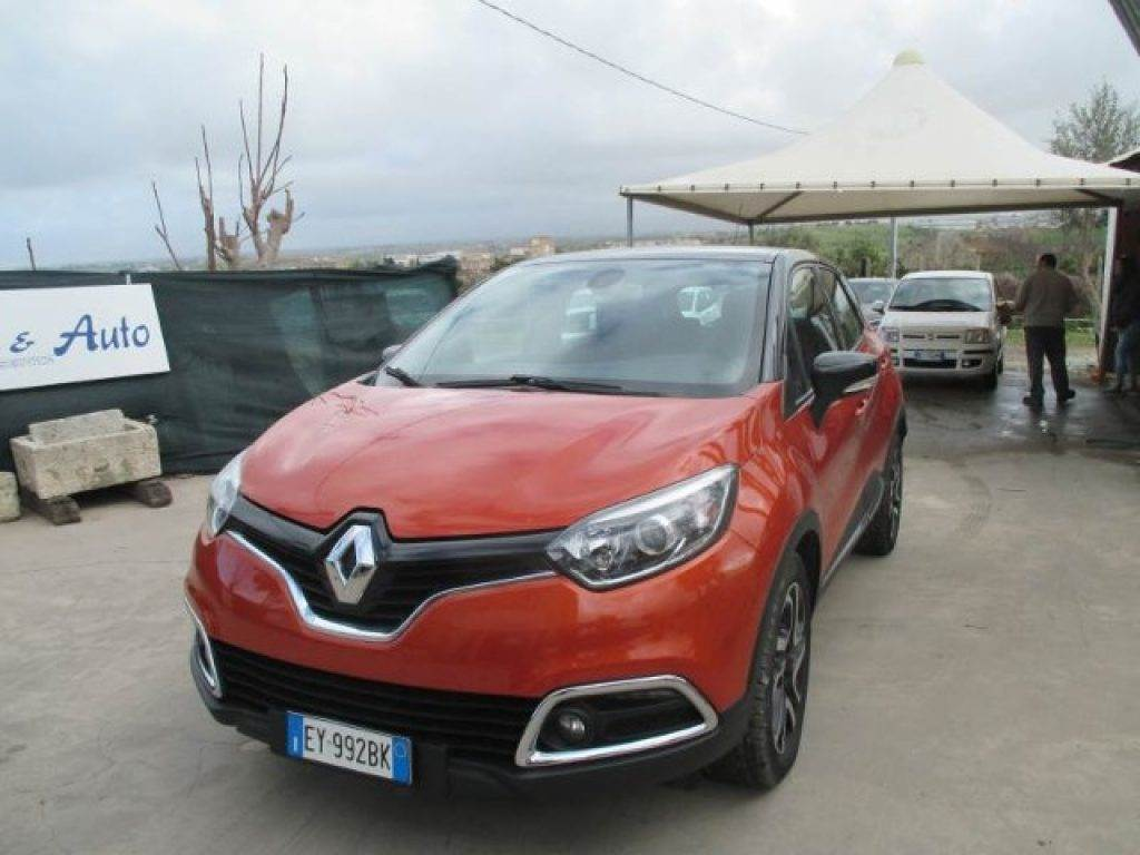 renault captur occasion prix 14 550 voiture renault captur vendre mascus france. Black Bedroom Furniture Sets. Home Design Ideas