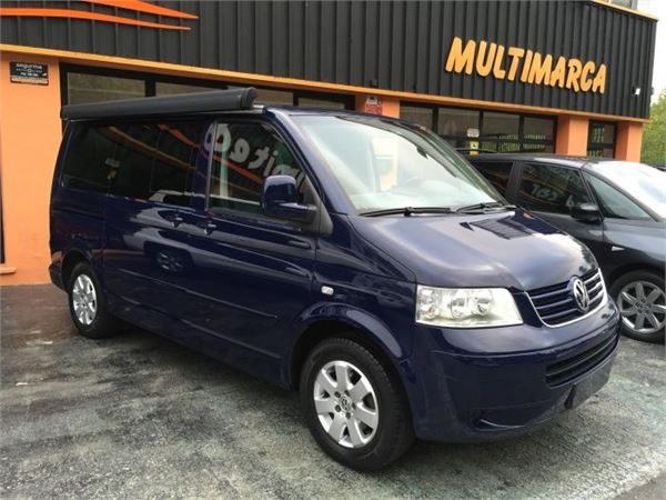 volkswagen multivan 2 5tdi comfortline 174 occasion prix 19 800 ann e d 39 immatriculation. Black Bedroom Furniture Sets. Home Design Ideas