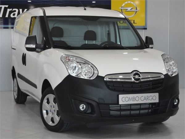 used opel combo 1 3cdti cargo l1h1 95 panel vans year 2017 price 15 161 for sale mascus usa. Black Bedroom Furniture Sets. Home Design Ideas