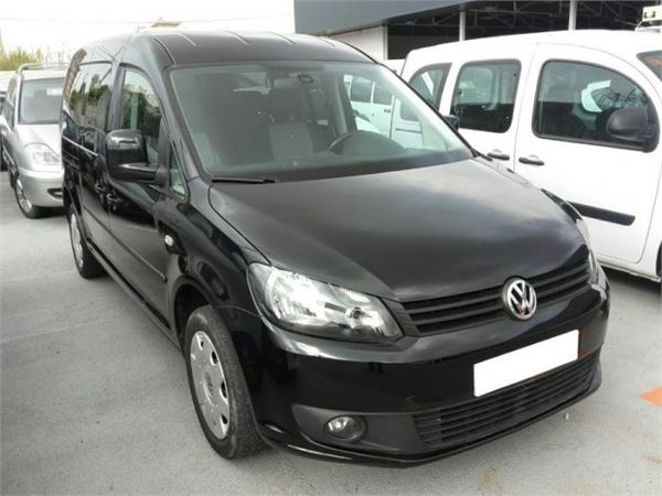 used volkswagen caddy 1 6 tdi 102cv 7pl maxi trendline panel vans year 2014 price 17 043 for. Black Bedroom Furniture Sets. Home Design Ideas