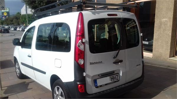 renault kangoo combi profesional occasion prix 8 900 ann e d 39 immatriculation 2012. Black Bedroom Furniture Sets. Home Design Ideas