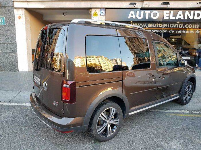 volkswagen caddy 4 2 0 tdi dsg 4motion alltrack occasion prix 22 900 ann e d. Black Bedroom Furniture Sets. Home Design Ideas