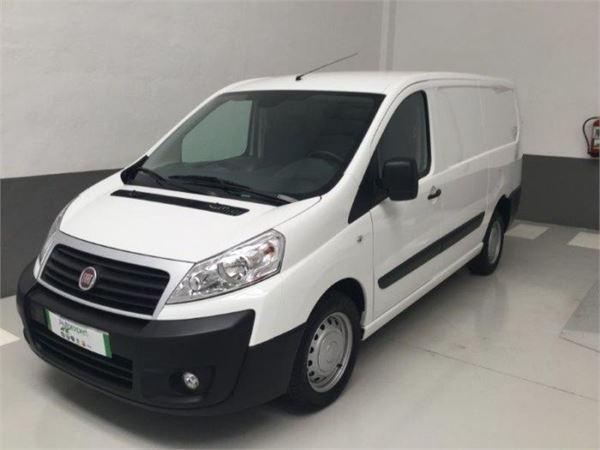 fiat scudo furgon 2 0 mjt 130cv h2 12 comfort largo eur. Black Bedroom Furniture Sets. Home Design Ideas