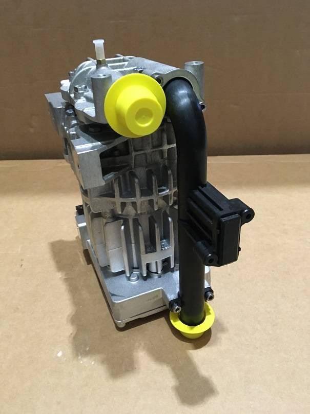 Volvo VOE 22425313 Luftpumpe COMBUSTION AIR BLOWER
