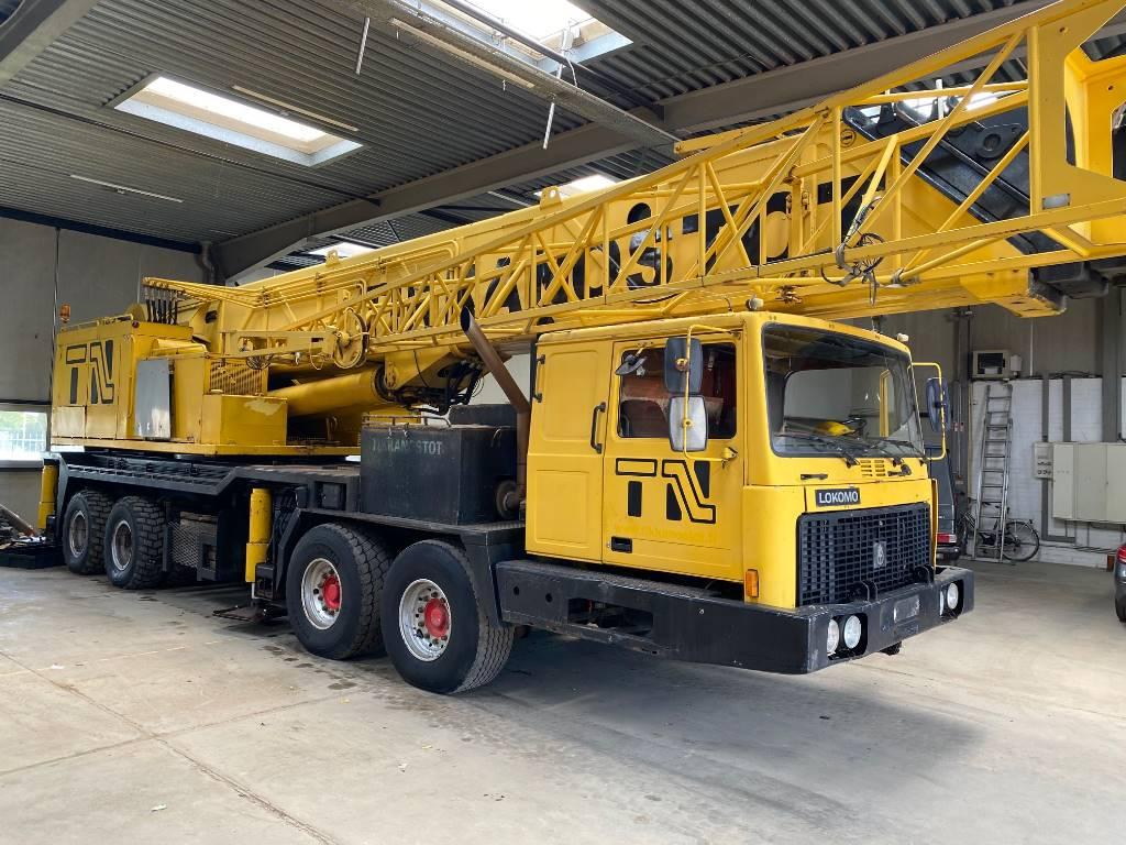 Lokomo 393 90 ton crane