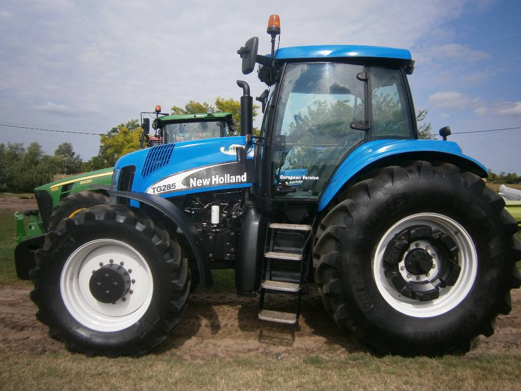 New Holland Tractors Used : Used new holland tg tractors year price