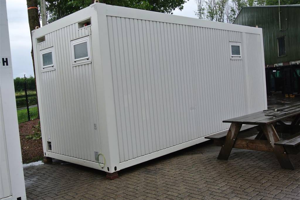 Streif mobiel toilet container occasion prix 6 500 for Prix container occasion