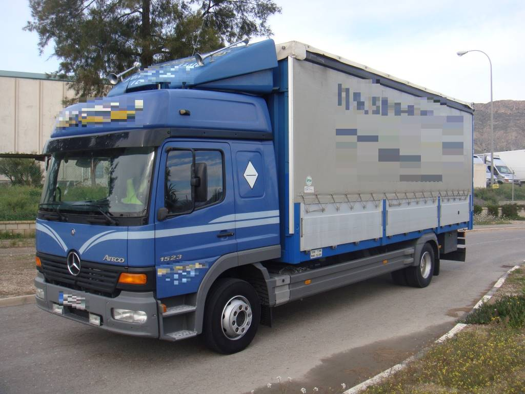 Used mercedes benz atego 1523 semitauliner curtain side for Mercedes benz leasing company address