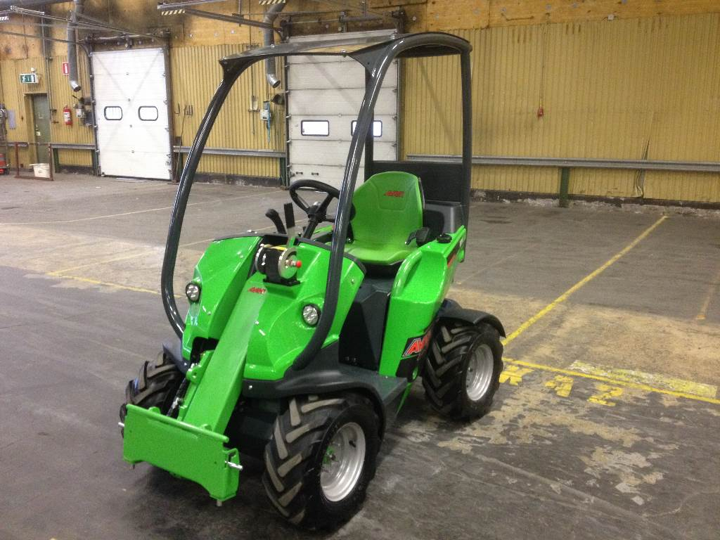 Used Avant 220 Utility Machines Year 2016 For Sale