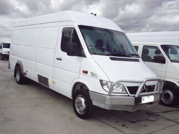 mercedes benz sprinter 413cdi lwb panel vans year of mnftr 2005 price r 254 400 pre owned. Black Bedroom Furniture Sets. Home Design Ideas