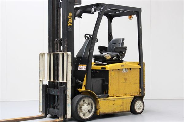 Used yale erc30vgmwb electric forklift trucks year 2010 for Forklift electric motor for sale