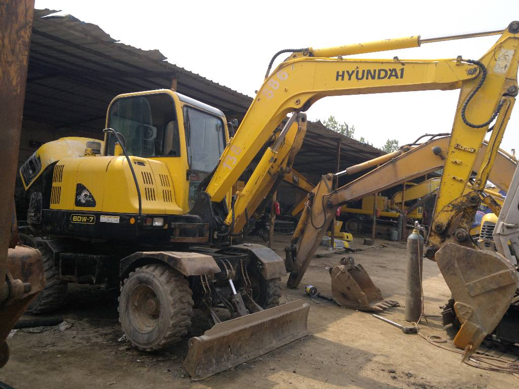 Used cat motor grader 140h for sale used hyundai 60 7 for Hyundai motor company usa