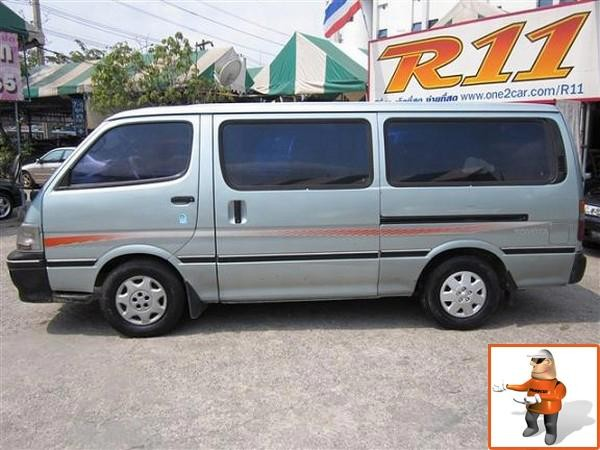toyota toyota hiace gl 2 5 occasion prix 5 621 ann e d 39 immatriculation 1995 utilitaire. Black Bedroom Furniture Sets. Home Design Ideas